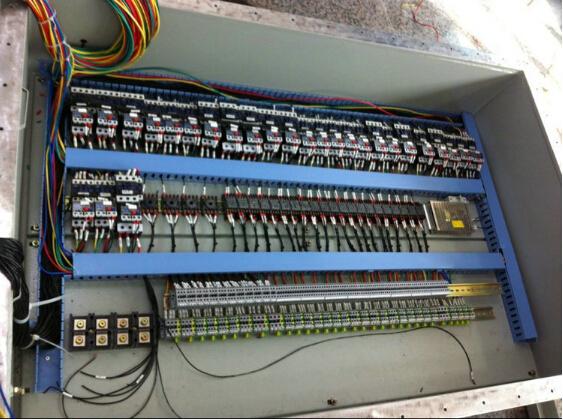总配电箱里由哪些元件组成图片