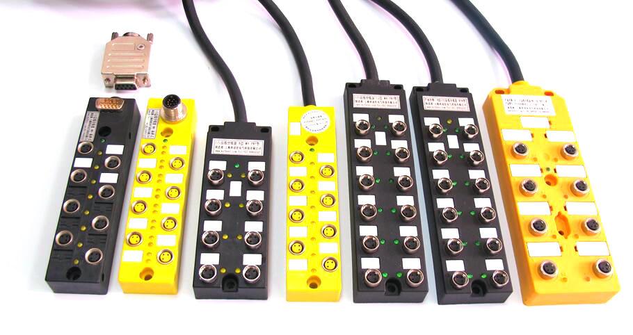 因而可缩短故障传感器的停工时间并节省时间,从而实现成本的降低。IP防护等级67/68让这款坚固的传感器执行器配线盒能够耐受极其苛刻的工作环境,并确保了可靠安全的信号路由。适用于客户现场布线的传感器执行器解决方案。